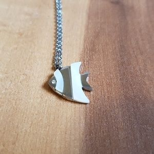 Stainless steel fish necklace Real Nacar Shell
